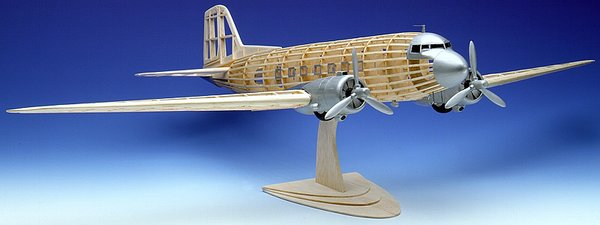 Guillow S Douglas Dc 3 C 47 Balsa Wood Model Airplane