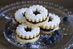 Linzer Cookies - Blueberry