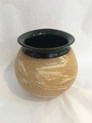 Swirl Ball Vase (Black)