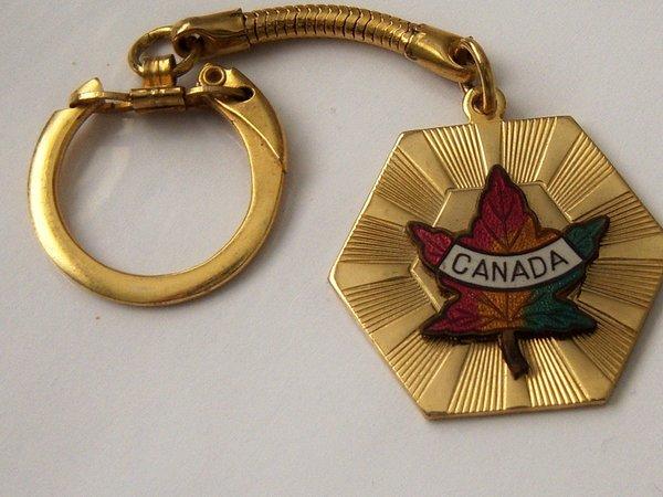 Vintage Key Chain. Souvenir Canada Key Chain.