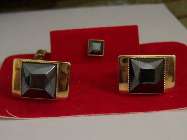 Black Stone Vintage Cufflinks And Tie Tac.