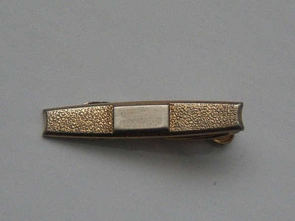 Signed Vintage Tie Clip. Textured Gold Tone With Silver Tone Center.
