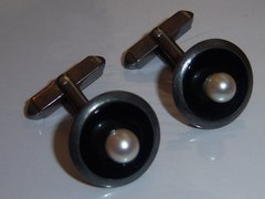 Vintage Silver Cufflinks. Asian Inspired Discs With Faux Pearl.