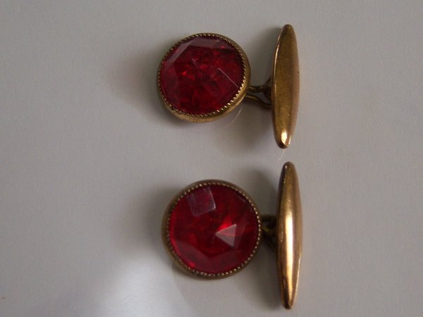 Faceted Red Lucite Cufflinks. Red Vintage Cufflinks.
