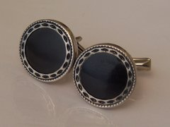 Vintage Cufflinks. Round And Retro With Black Center.