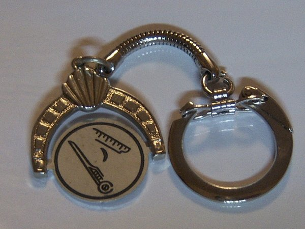 Masonic Vintage Key Chain. Mason Spinner Key Chain.