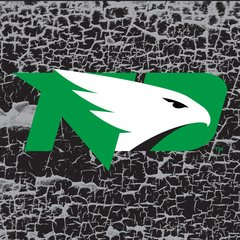 "UND Green Logo Cracked background 4 6"" Ceramic Tile"