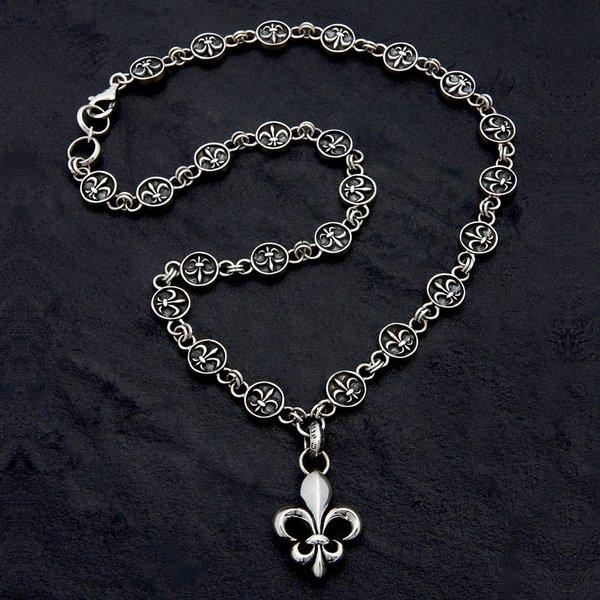 21. FleurdeLis/SterlingSilver/Necklace