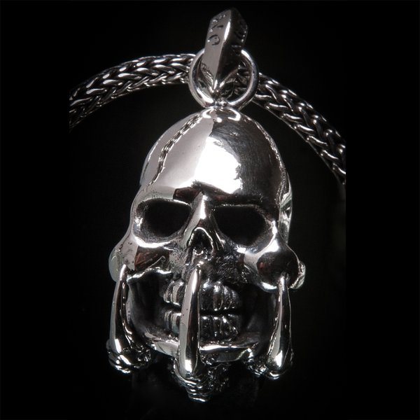 68. SkullandClaws/SterlingSilver/WaterBuffaloHorn/Pendant