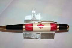 Handcrafted Wooden Pen - Canadian Flag Inlay Executive Twist Pen Finished in Bright Gold