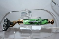 Handcrafted Razor Handle in Kryptonite Acrylic for Gillette Mach 3/Mach 3 Turbo/Venus Finished in Bright Gold