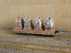N Scale 30' Mill Car w/ 4 Ingot Molds
