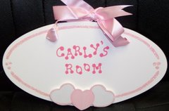 PERSONALIZED OVAL WITH HEARTS ROOM SIGN