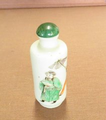 Hand painted snuff bottle porcelain