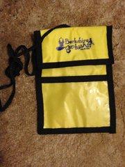 Berkshire Geobash #4 neck wallet (yellow)