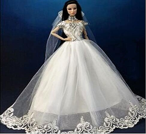Barbie doll clothes this is a barbie wedding dress for What kind of shoes to wear with wedding dress