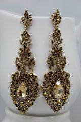 daphne earring