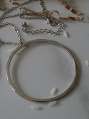 bigger o necklace silver