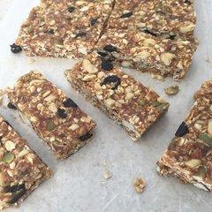 Peanut Butter Cherry Granola Bars - 6 Pack