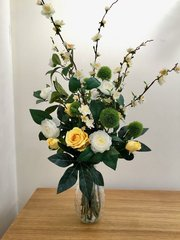 YELLOW ROSE, CAMELLIA & BLOSSOM DECORATIVE VASE ARRANGEMENT SET IN FAUX WATER