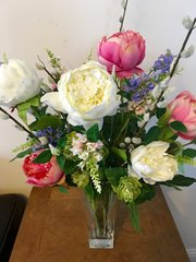 EXTRA LARGE PEONY, PHYSOSTEGIA & WILLOW BOUQUET IN HEAVYWEIGHT CUT GLASS VASE WITH WATER