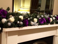 LUXURY MODERN PURPLE, IVORY & SILVER 9 FT CHRISTMAS GARLAND WITH LARGE SILK ROSES & BAUBLES
