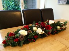 DELUXE HANDMADE EXTRA LARGE 3 FT RED IVORY GOLD SILK ROSE CHRISTMAS TABLE ARRANGEMENT