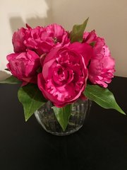 SHABBY CHIC PINK PEONY ARRANGEMENT IN GLASS VASE WITH WATER