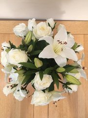 LARGE IVORY ROSE LILY & HOP SPRAY GIFT WRAPPED HAND TIED BOUQUET