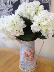 GORGEOUS LARGE CREAM HYDRANGEAS IN A VINTAGE STYLE SHABBY CHIC METAL JUG