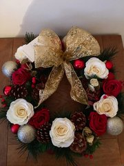 LUXURY HANDMADE 16 INCH CHRISTMAS DOOR WREATH - RED IVORY GOLD. WITH SILK ROSES, CONES & BAUBLES