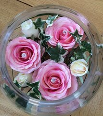 PINK & IVORY ROSE & IVY GLASS FISH BOWL TABLE ARRANGEMENT
