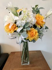 EXTRA LARGE 60CM DELUXE VASE ARRANGEMENT YELLOW ROSE, LILY & HYDRANGEA
