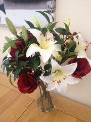 LARGE LILY, ROSE & GERBERA ARTIFICIAL FLOWER VASE ARRANGEMENT & WATER