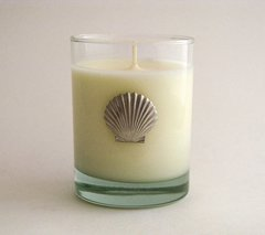Soy Candle (14 oz.) with Pewter Clam