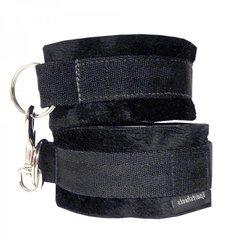 Soft Cuffs in Black
