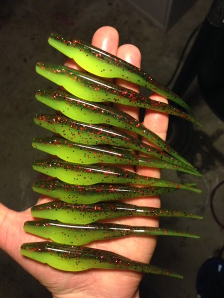 Jerk Bait in Watermelon Red/Chartreuse