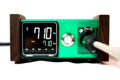 E-Wax Mini Walnut Anodized Green
