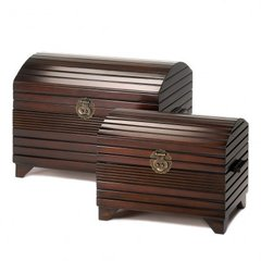 Deep Mahogany Nesting Trunks