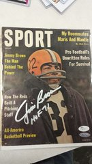 SPORTS ILLUSTRATED COVER SIGNED BY BROWNS JIM BROWN JSA