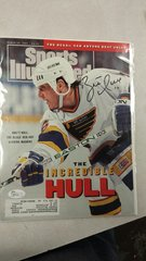 SPORTS ILLUSTRATED COVER SIGNED BY BLUES BRETT HULL JSA