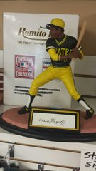 Pittsburgh Pirates Will Stargell Autographed Romito Figure Statue