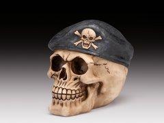 "5"" Skull Figurine w/ Beret"
