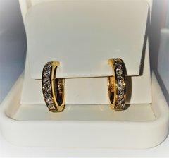 2 carat total weight hoop earrings set in yellow gold