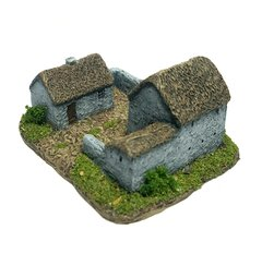 (6B020) Thatched Farmstead