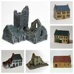 8 - Piece Normandy Village Set
