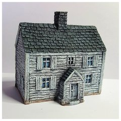 BB : (10B009) Two Storey Clapboard House