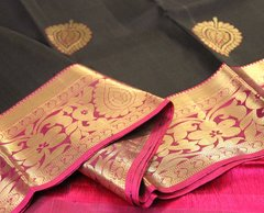 Black & Fucshia Pure Kanchipuram Silk Saree with Banyan Leaf Motifs