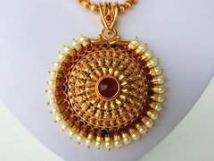 Pearl Edged Chakaram Pendant on Ball Chain with Earrings