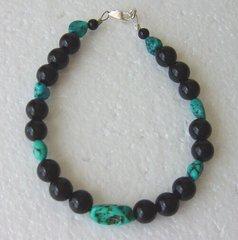 Onyx Bead - Turquoise Nuggets - Bracelet